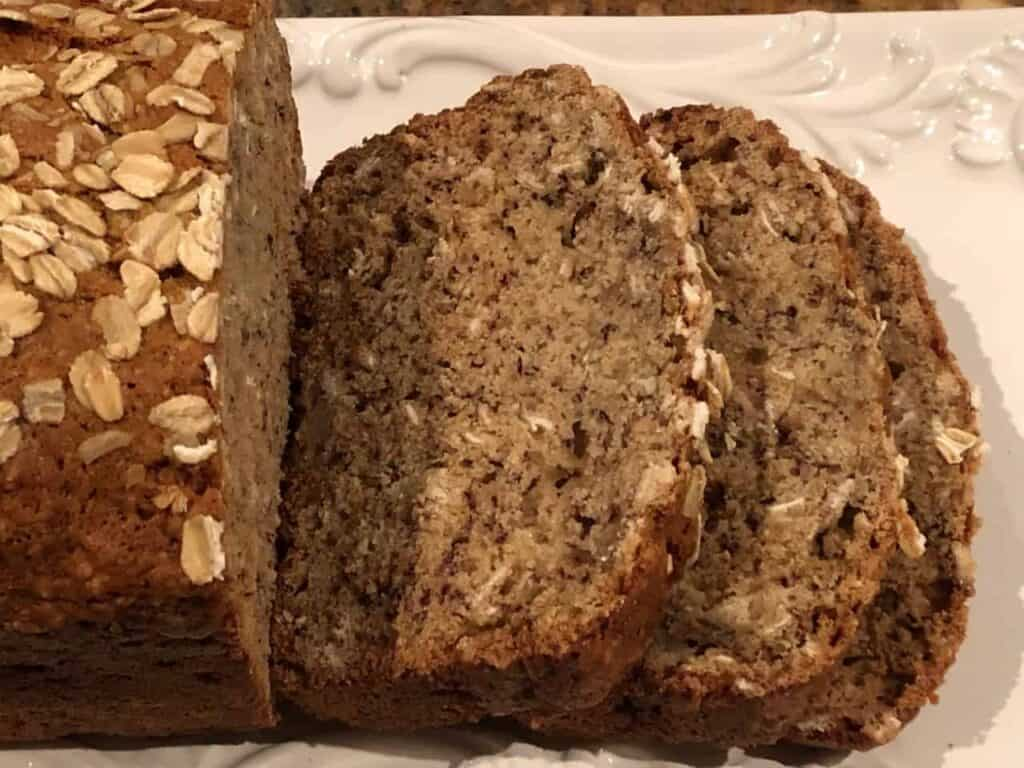 List of Easy Banana Bread Variations (with Recipes ...