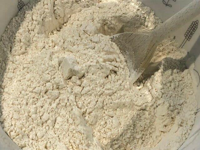 Stir dry ingredients throughly